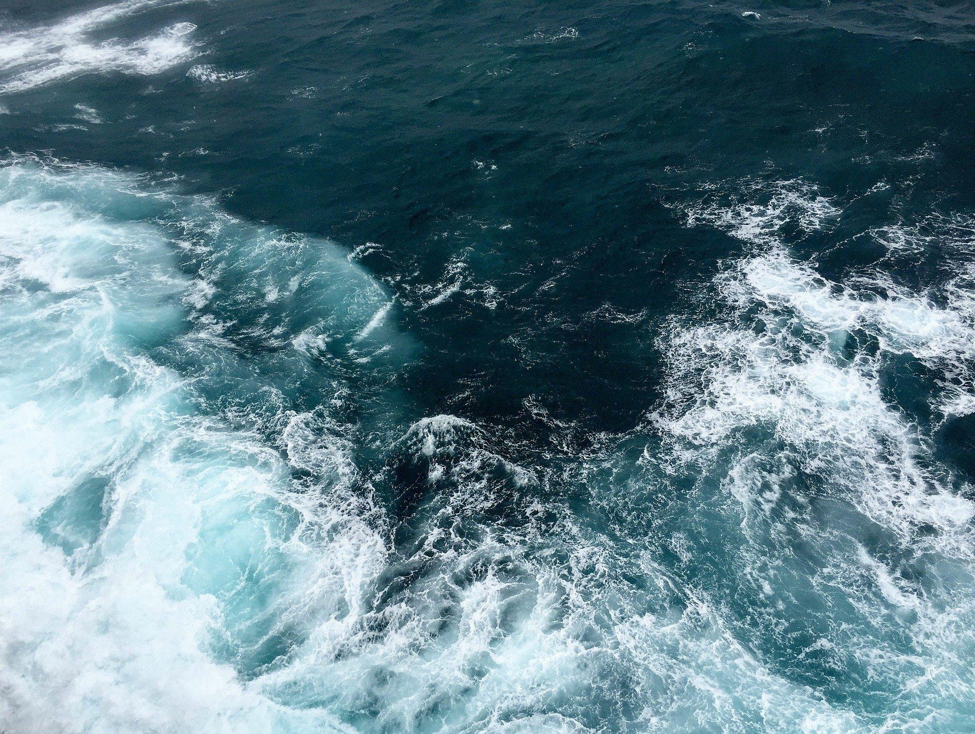 Energía del mar: Olas y marea